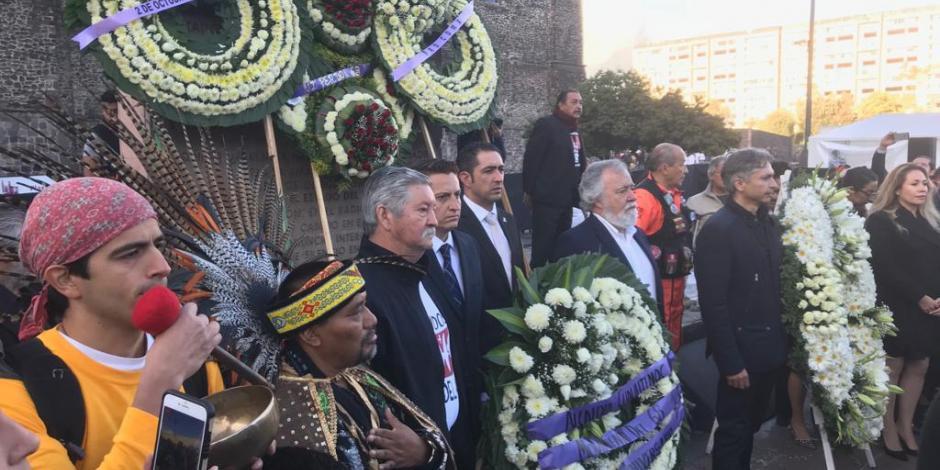 FOTOS: …Y en Tlatelolco, inician con homenajes a víctimas