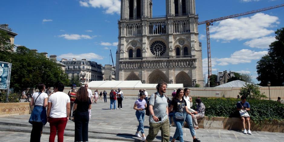 Reabre Notre Dame