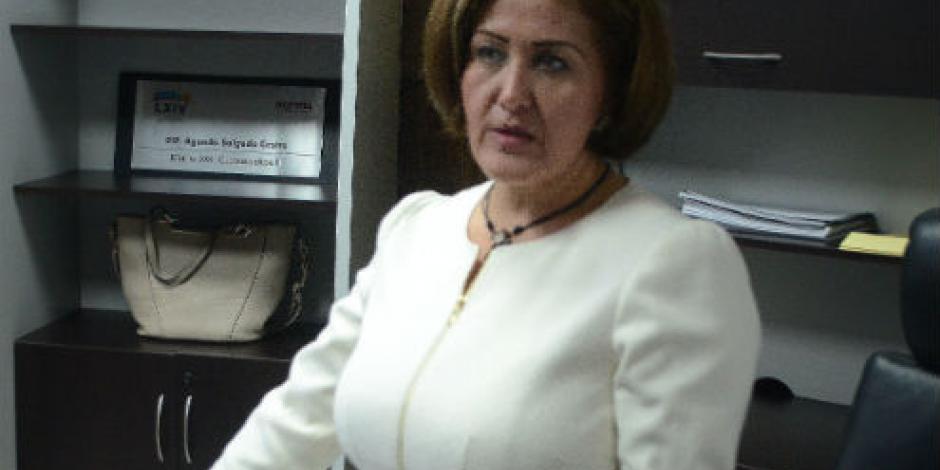 Celebra Morena desafuero de Eva Cadena