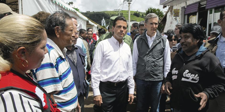 EPN visita municipio más afectado del Edomex