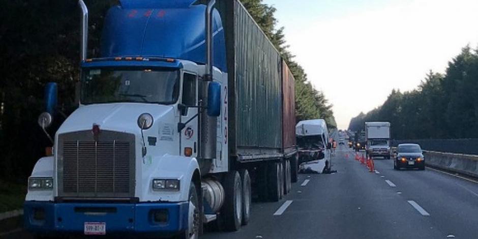 Cierran parcialmente la autopista México-Cuernavaca por accidentes
