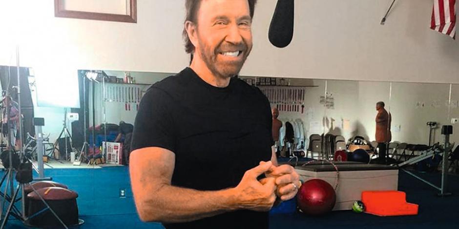 Chuck Norris sobrevive a dos infartos en una hora