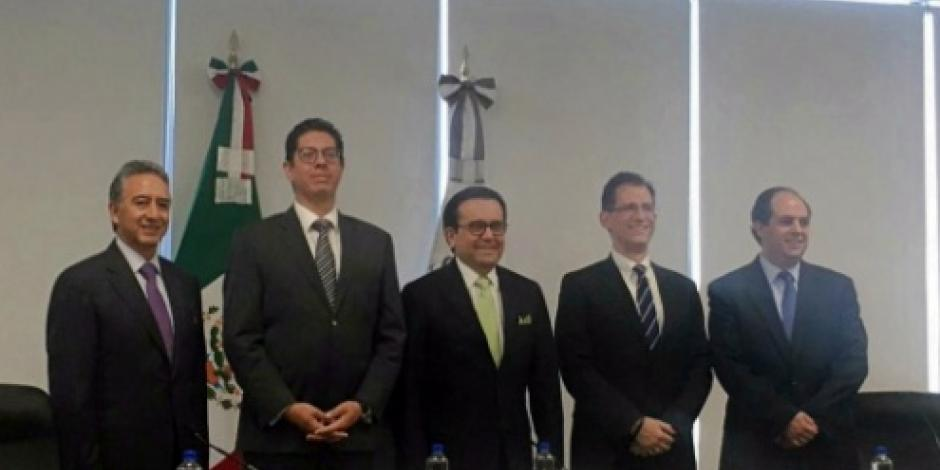 Presenta Ildefonso Guajardo equipo renegociador del TLCAN