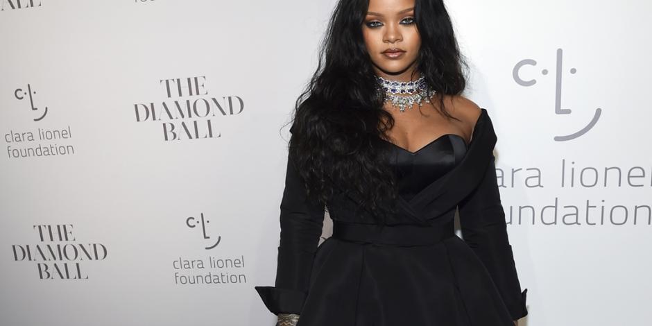 Rihanna le pide a David Copperfield que le regrese su virginidad