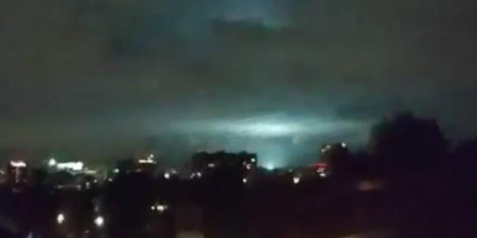 VIDEO: Extrañas luces en el cielo de la CDMX tras terremoto
