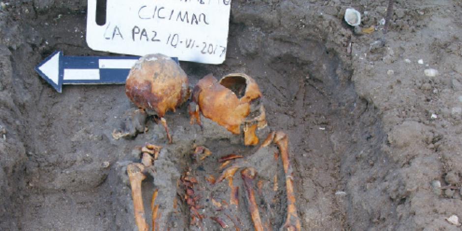 Marea en BCS revela cráneo de 1,100 años