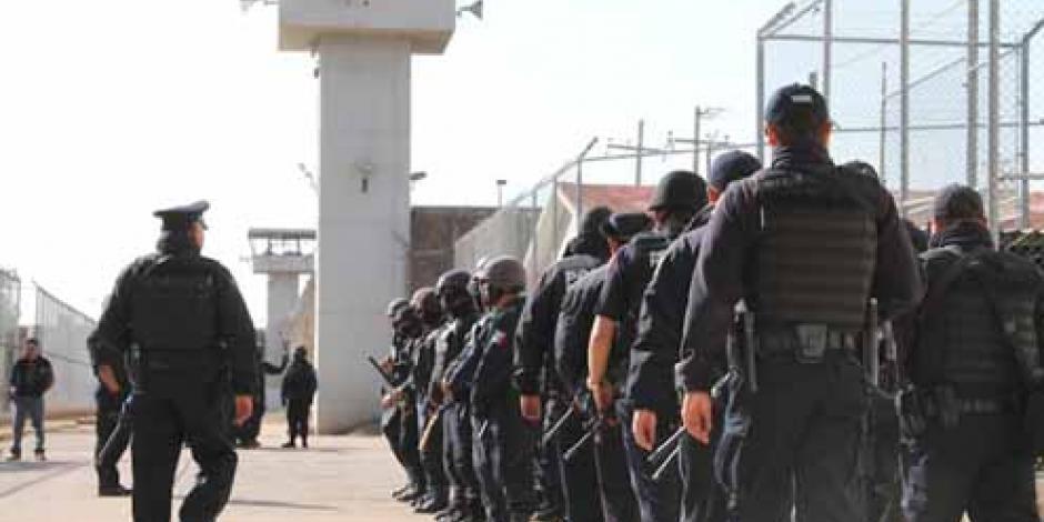 Vinculan a proceso a 3 custodios por asesinato de 28 reos en penal de Acapulco