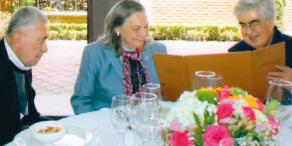 Reconocen a Sylvia Schmelkes