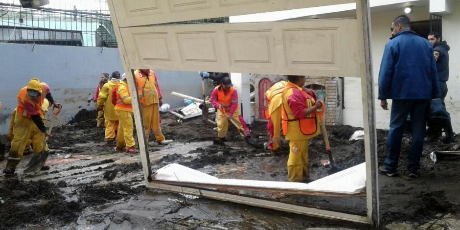 Retiran 455 toneladas de lodo, tras inundación en CDMX