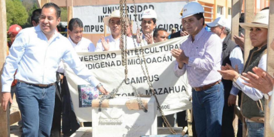 Realiza Silvano Aureoles gira de trabajo por Zitácuaro