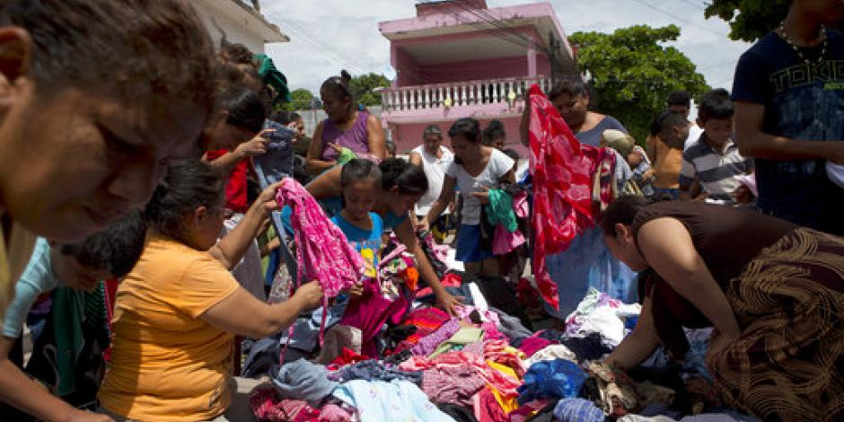 Solidaridad entre juchitecos ante la falta de llegada de víveres