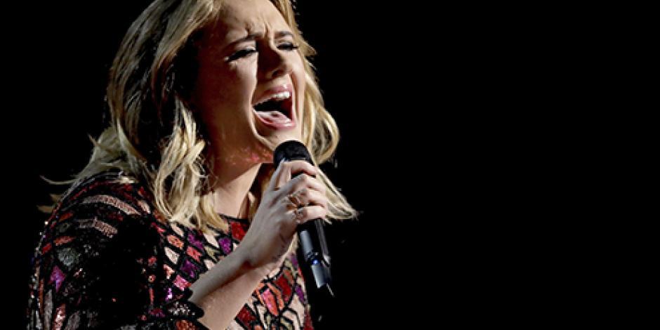 Adele cancela conciertos en Londres este fin de semana por problemas de salud