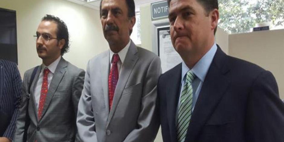 Comparece Rodrigo Medina ante Fiscalía Anticorrupción de NL
