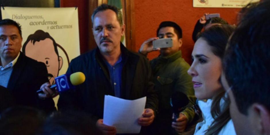 Entregan a delegado de Tláhuac pliego petitorio en materia de seguridad