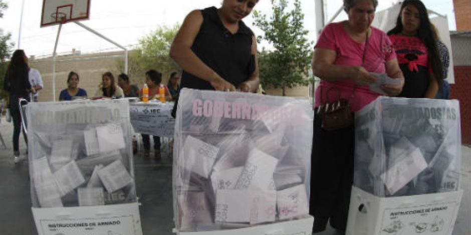 Anaya y Ochoa insisten en triunfo de sus gallos en Coahuila