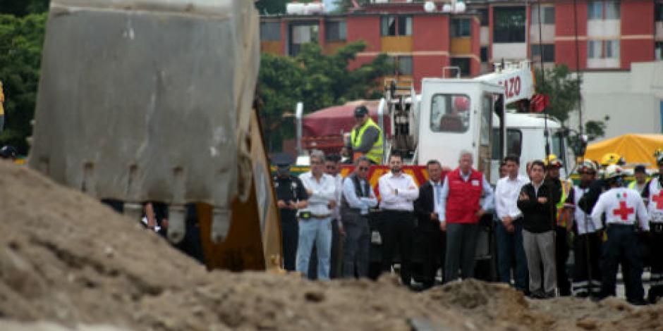 Constructoras del Paso Express tendrán que afrontar omisiones, dice Ruiz Esparza