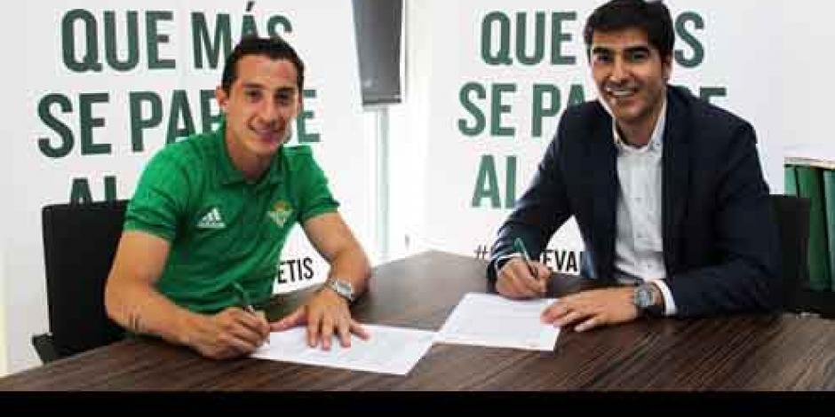 Oficial: Andrés Guardado nuevo fichaje del Real Betis