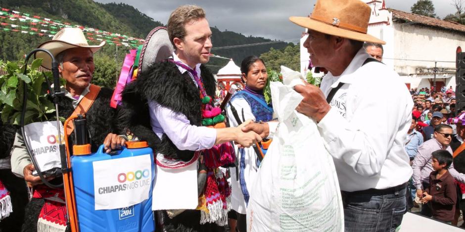 Reitera gobierno de Chiapas que no dejará solos a damnificados