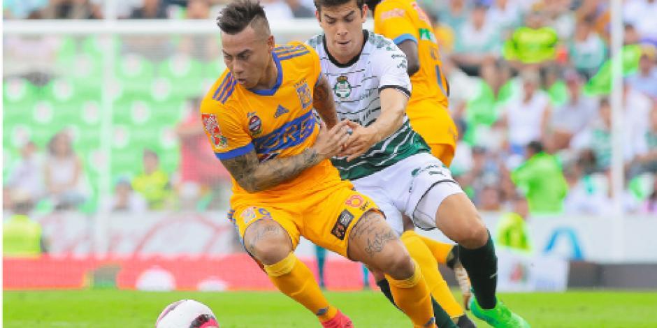 Santos y Tigres igualan 1-1