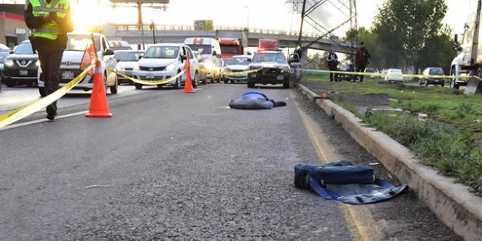 Hombre muere arrollado en la autopista Lechería-Texcoco