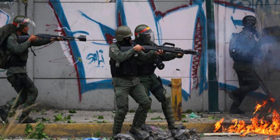 Reprimen con gases marcha contra Constituyente en Venezuela