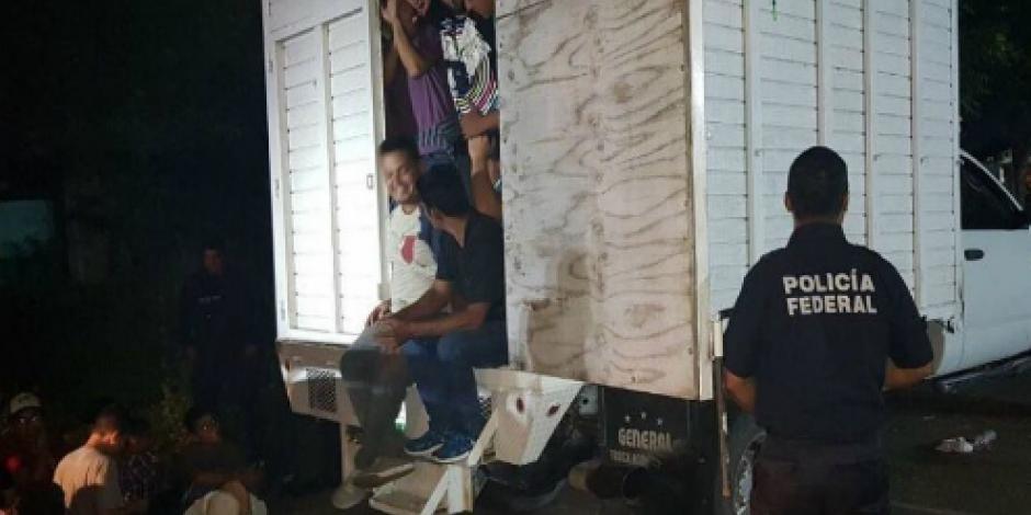 Rescata Policía Federal a 43 migrantes en Veracruz; 17 son menores
