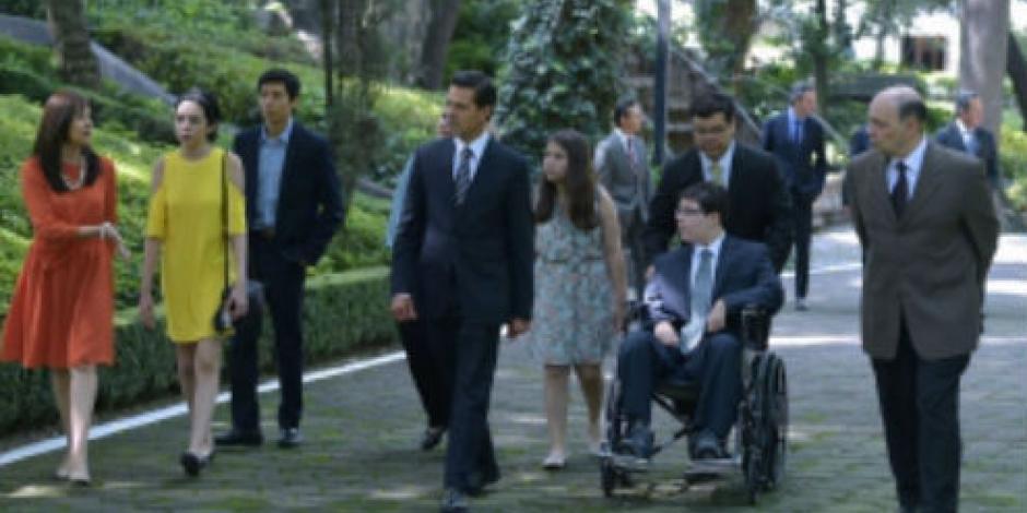 Se reúne EPN con víctimas de tiroteo en Monterrey