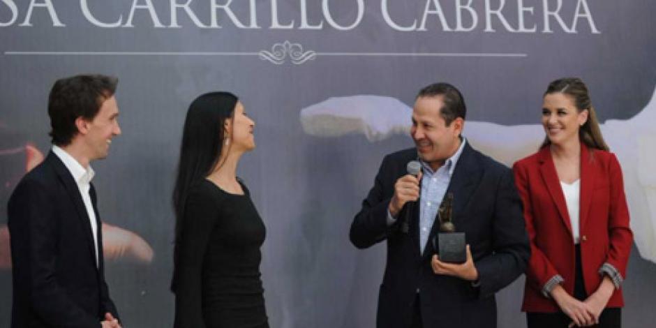 """Recibe Eruviel Ávila reconocimiento """"Benefactor de las Artes"""" por su apoyo a la cultura"""