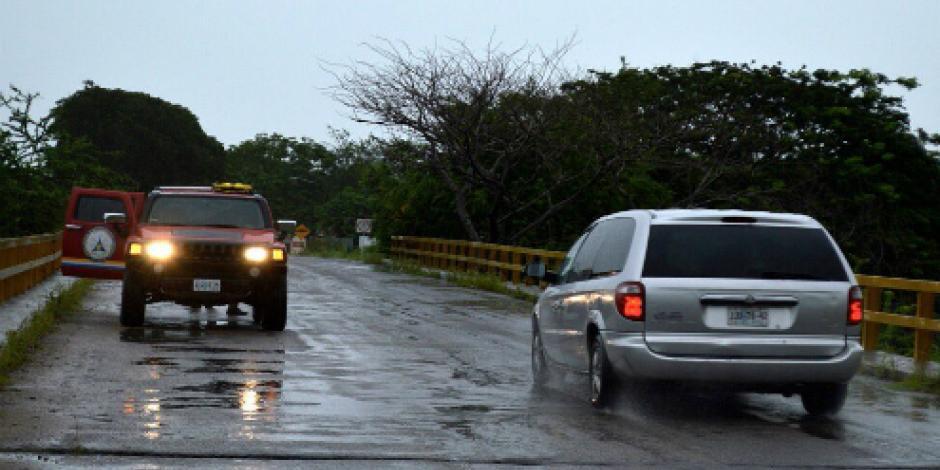 """Mantienen operativo en costas de Jalisco por paso de huracán """"Dora"""""""