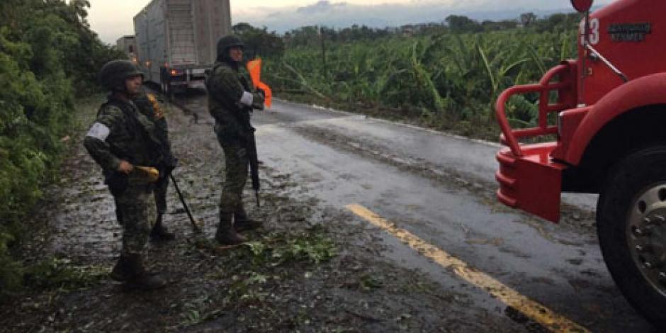 Aplican Plan DN-III en Veracruz y Puebla por paso de