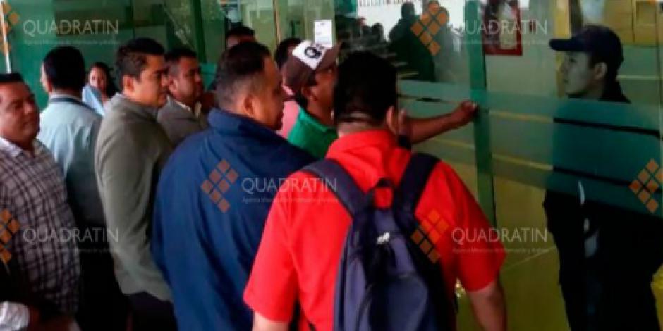 """Forma CNTE brigadas para """"cazar"""" a maestros evaluados en Oaxaca"""