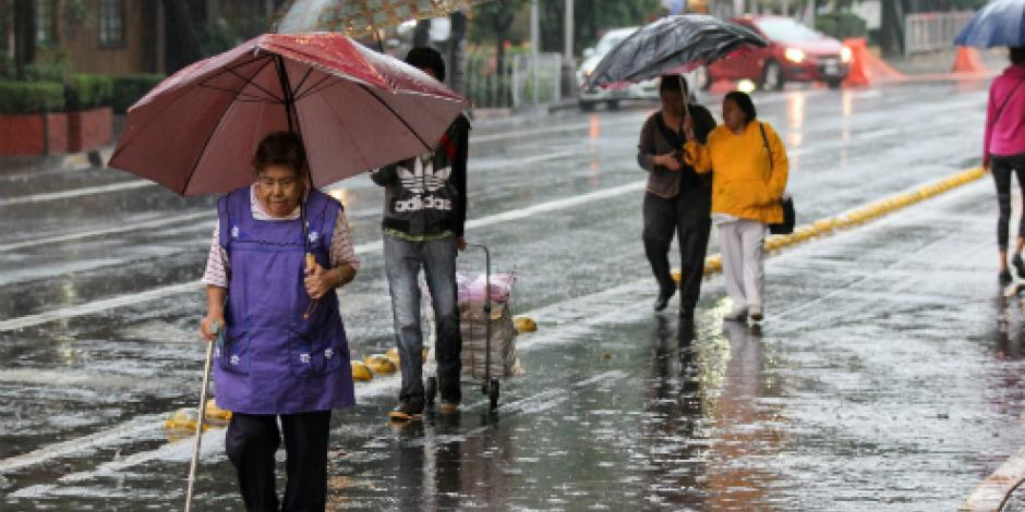 Prevén lluvias intensas y fuertes vientos en la mayor parte del país