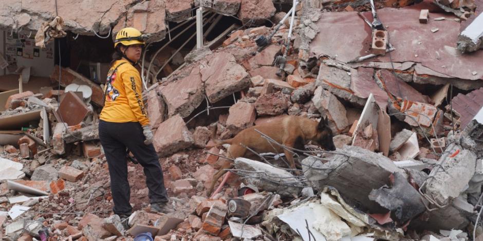 Decreta EPN luto nacional en honor a las víctimas del sismo