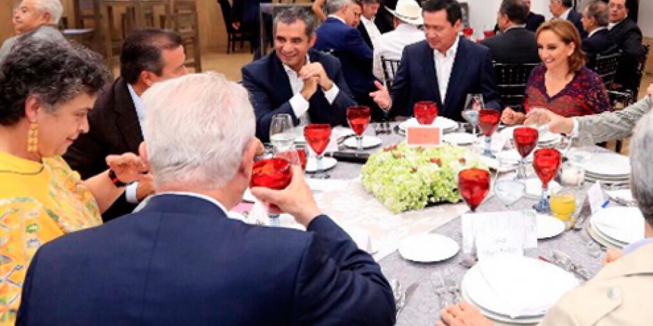Exgobernadores priistas se reúnen con su dirigente, Enrique Ochoa