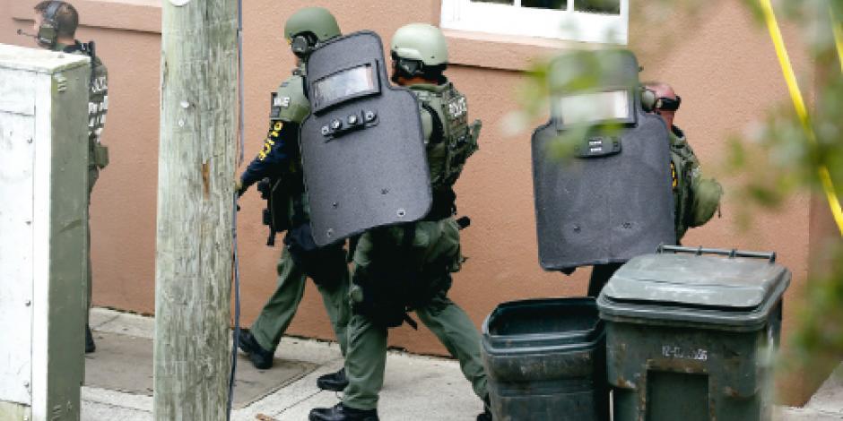 Empleado enojado mata a una persona en Charleston