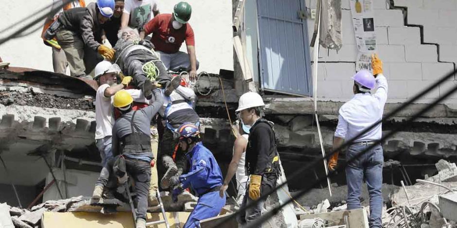 32 años después, al menos 217 muertos deja el sismo de 7.10