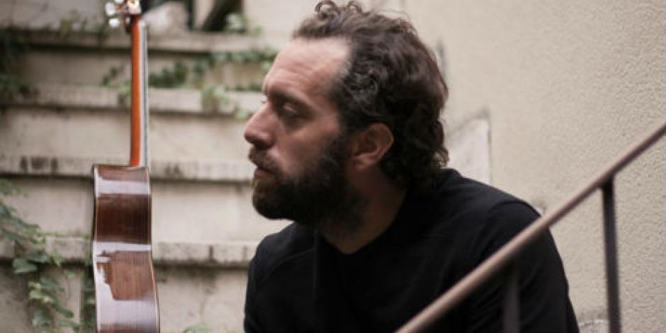 Giovanni Piacentini y su guitarra a dos caras, en concierto esta noche