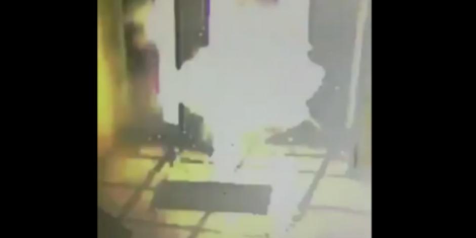 VIDEO: Explota artefacto en sede del Episcopado Mexicano