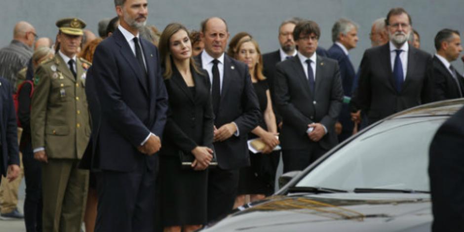 Realizan misa en Barcelona en memoria de víctimas tras atentado en Barcelona