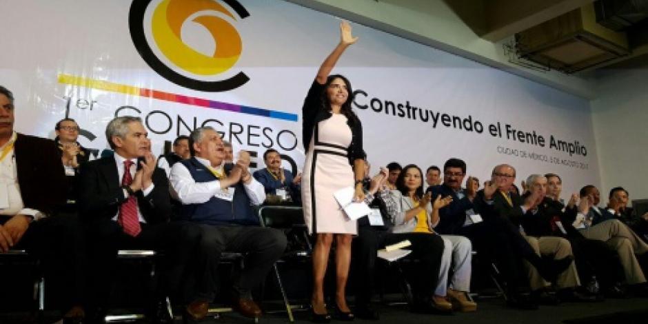 Los problemas del país no podrán ser resueltos por una sola fuerza política, asegura Barrales