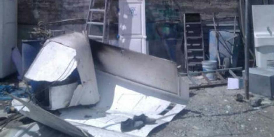 Explosión de pirotecnia en casa de Tultitlán deja dos heridos