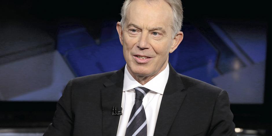 Blair propone a May quedarse en la UE, pero limitar la inmigración