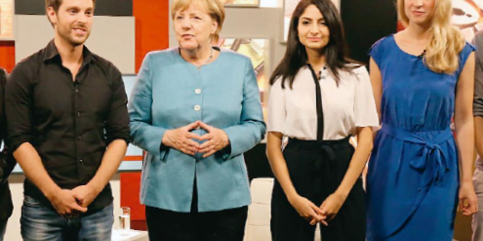 Merkel cae en encuesta  y arriesga su reelección