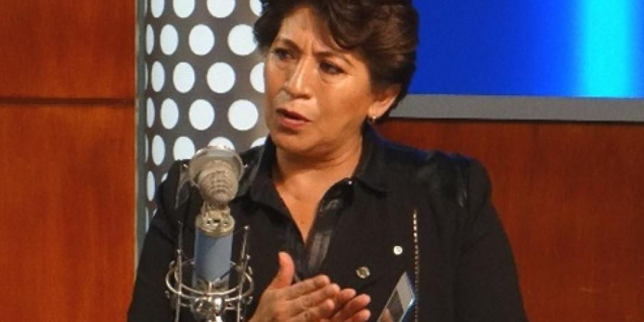 Amaga Delfina Gómez con irrumpir en entrega de constancia de mayoría a Del Mazo