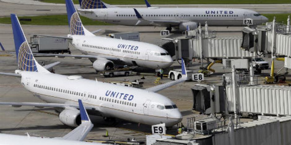 Tras escándalo, United Airlines ofrece hasta 10 mil dólares a quien ceda su asiento