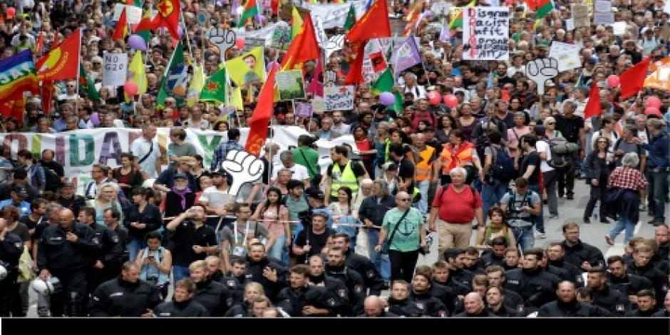Van 114 detenidos y más de 200 agentes heridos por protestas en cumbre del G-20