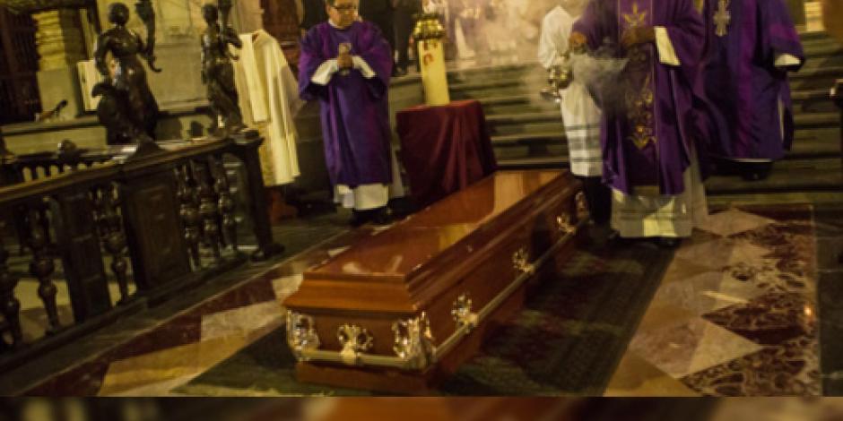 Realizan misa por fallecimiento de padre Machorro en Catedral del Centro Histórico