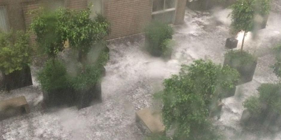 Lluvia y granizo dejan 18 encharcamientos en la CDMX