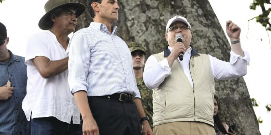 Mexico, en pie, gracias a sociedad y gobierno: EPN