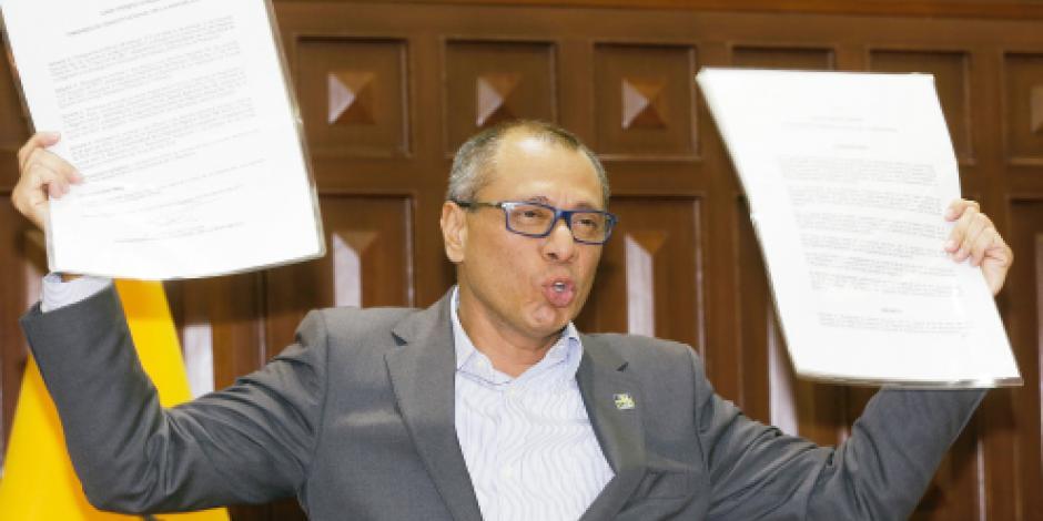 "Lenín Moreno rompe con su  vicepresidente ""por traidor"""